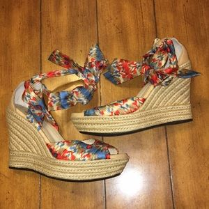 UGG Lucianna espadrilles with wrap ankle NWOB